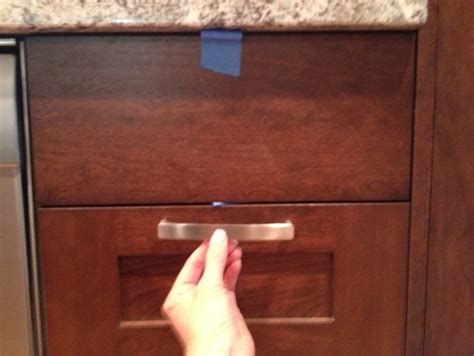Drawer Pull Placement by Placement Of Drawer Pulls