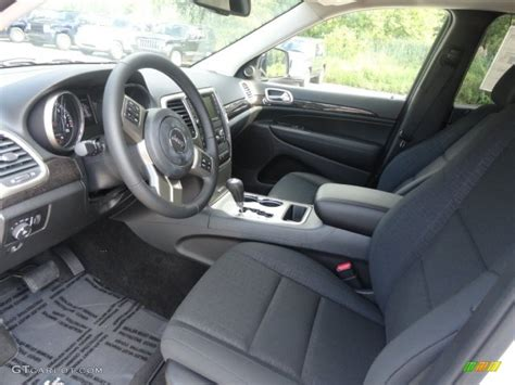 jeep grand interior 2013 jeep 2013 interior imgkid com the image kid has it
