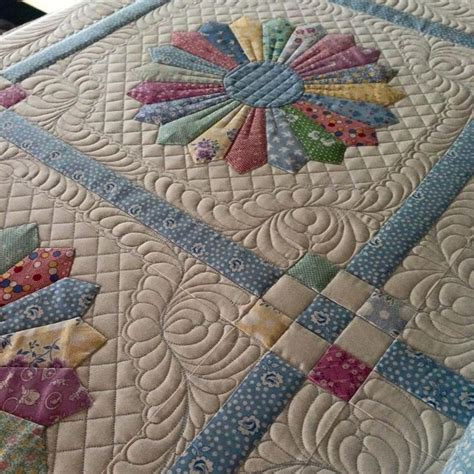 quilt pattern dresden plate free 188 best quilting dresden plates images on pinterest