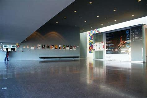 foyer teatro foyer teatro das figuras faro photo de teatro das
