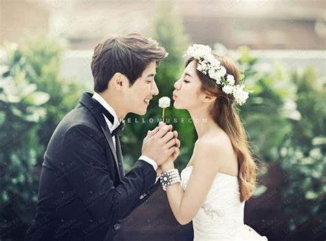 Wedding Photography Styles by 25 Best Ideas About Korean Wedding Dresses On
