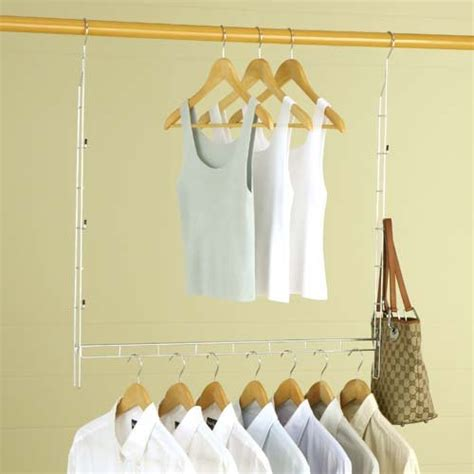 Closet Extender maximizing space with a closet extender rod