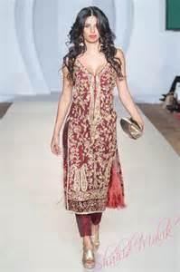 zardozi embroidered kurta love this types of punjabi