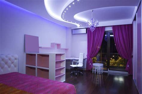 luxury gypsum board ceiling with purple bed and amazing oświetlenie w suficie podwieszanym kreatywne iluminacje