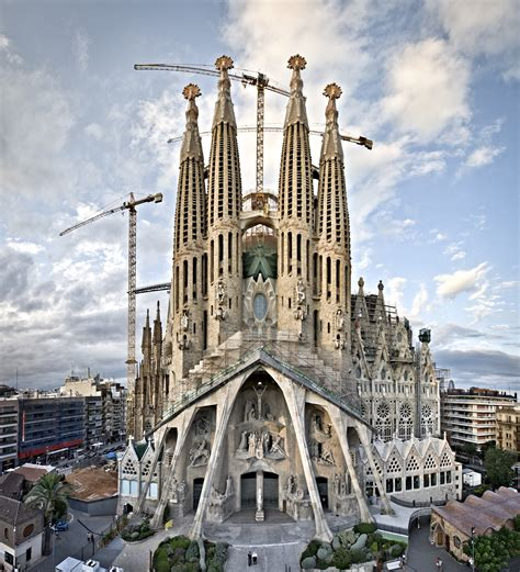 libro the sagrada familia gauds construction of sagrada fam 237 lia accelerated by 3 d printing technology archdaily