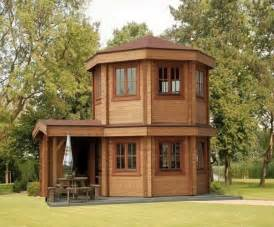 Micro House by The Toulouse Pavilion Tiny House