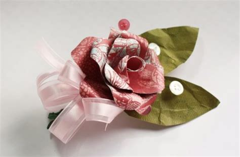 How To Make Paper Boutonniere - handmade paper corsages for make and takes