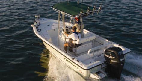 trophy bay boats trophy 2101 bay boat 2010 2010 reviews performance