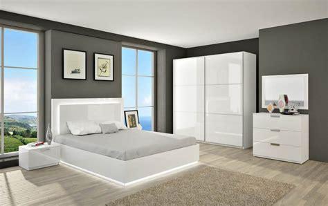 chambre blanche et grise chambre grise et blanche 19 id 233 es et modernes pour se