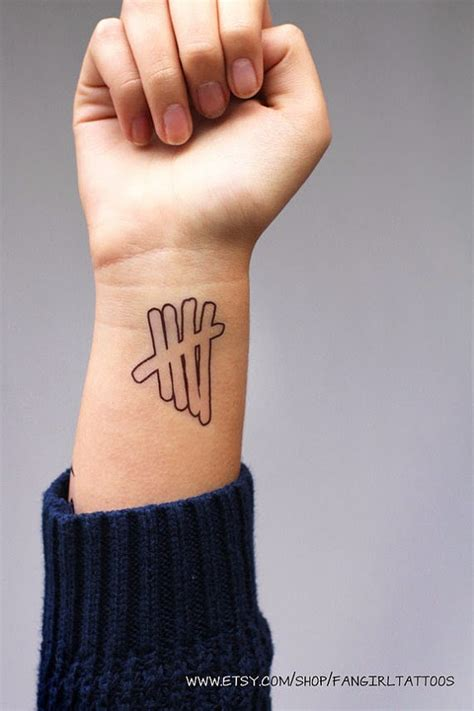 tally mark tattoo 5sos fam connect 5sos fan gift guide