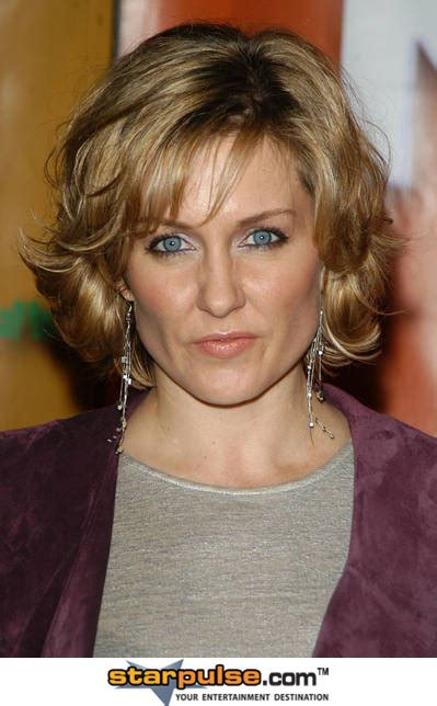 amy carlson new short haircut on blue bloods amy carlson quotes quotesgram