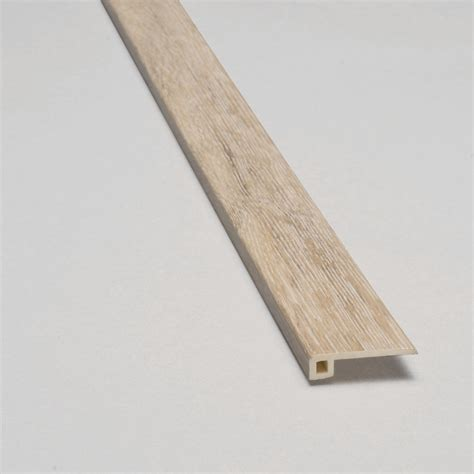 shop smartcore ultra 1 38 in x 94 in woodford oak vinyl multi purpose floor transition strip at