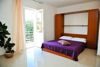 appartamenti a zrce appartamenti novalja isola di pag croazia spiaggia zrce