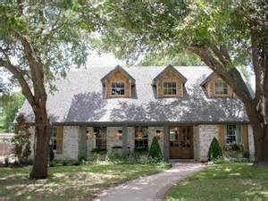 joanna and chip gaines homes for sale fixer upper old world charm for newlyweds hgtv s fixer
