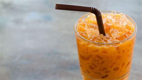 cara membuat thai tea di rumah mau bikin thai tea sendiri coba resep cha yen kuliner