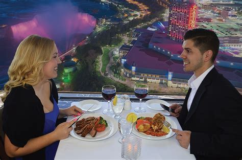 Skylon Tower Revolving Dining Room Restaurant by Skylon Revolving Dining Room Niagara Falls Dining