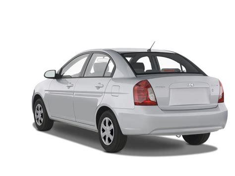 hyundai brio 4dr angular rear exterior view 2005 hyundai accent 4 door