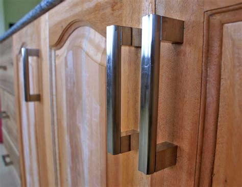 Door Handles For Kitchen Cabinets by Kitchen Cabinet Door Knobs Kitchen Direct