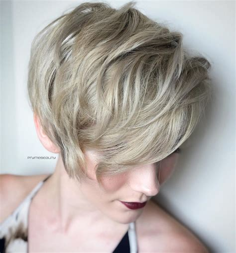 top  trendy  maintenance short layered hairstyles