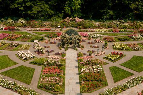 Botanic Garden Ny 5 Spots In The New York Botanical Garden To Visit This Summer