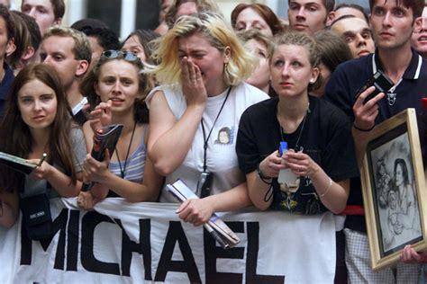 michael jackson fan hommage mondial des fans michael jackson tribute 2010