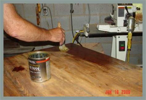 finish wood with polyurethane using a classic brushed