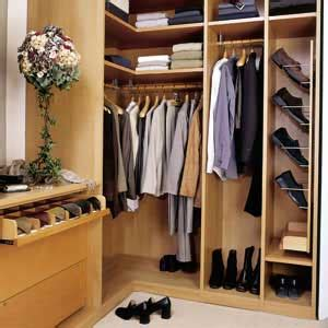 Walk In Closet Designs For Small Spaces by Walk In Closet Design For Small Spaces Interior