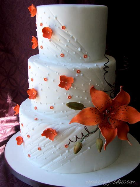 Tipping the Love Scale ? Tiger Lily Wedding Cake   Tales