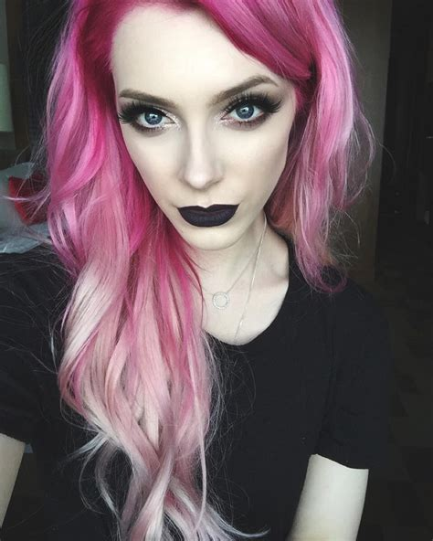 Pink And Black Hairstyles by 30 Pink Hair Color Ideas So You Ll Blush In 2018