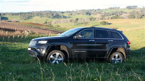 overland jeep cherokee 2014 jeep grand cherokee overland review lt3 caradvice