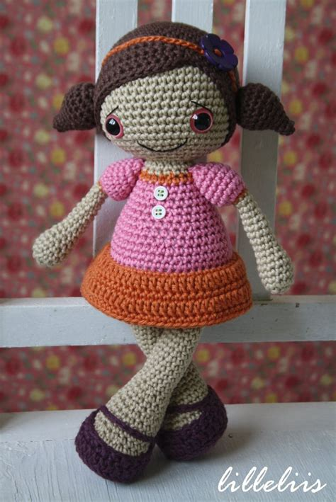 free amigurumi pattern ravelry pattern sofia doll crochet amigurumi toy 6 50 via