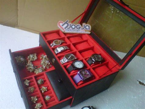 Gelang Tangan Mix box jam isi 12 plus laci tempat perhiasan