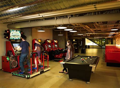 escritorios uber 15 offices with uber cool chill out zones that ll make you