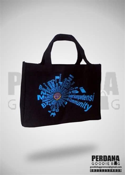 Tas Serut Jaring Biru Ts001jb gambar tas kanvas produksi perdana goodiebag tas kanvas