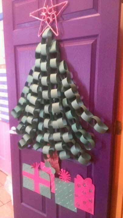 pinterest christmas made out of tulldecorating ideas easy door decor for the classroom the is made out of candycanes kindergarten