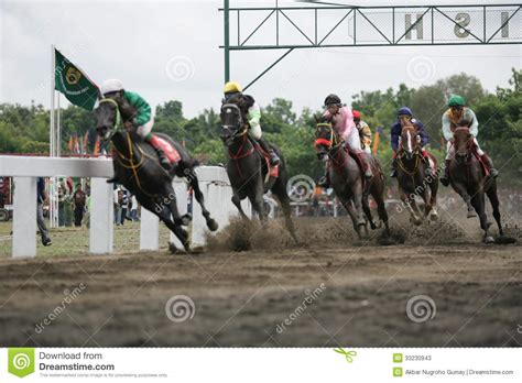 Cacing Wonogiri race editorial photo cartoondealer 10414587