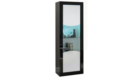 colonne de lumineuse vitrine lumineuse de rangement design avec led nevis gdegdesign