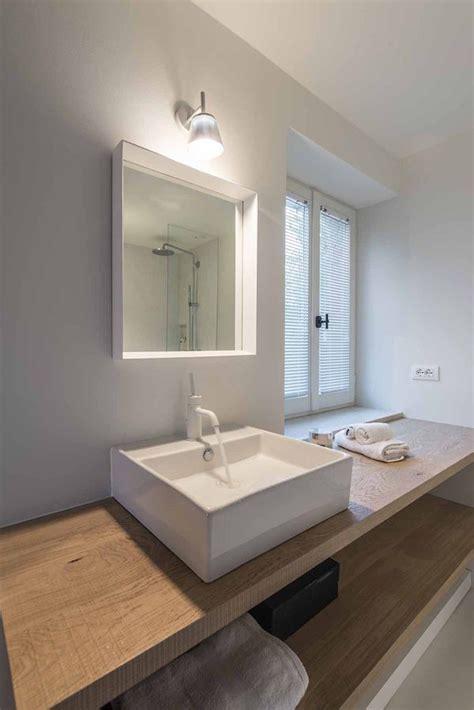 Badkamer Meubel Hout by Een Houten Badkamermeubel Natuurlijk Stijlvol Danielle