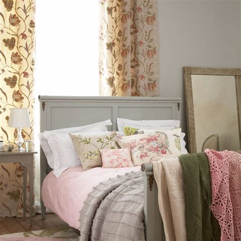 country bedroom decorating ideas country bedroom decorating ideas beds housetohome co uk