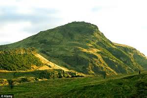 Tourists give Arthur's Seat in Edinburgh one star reviews