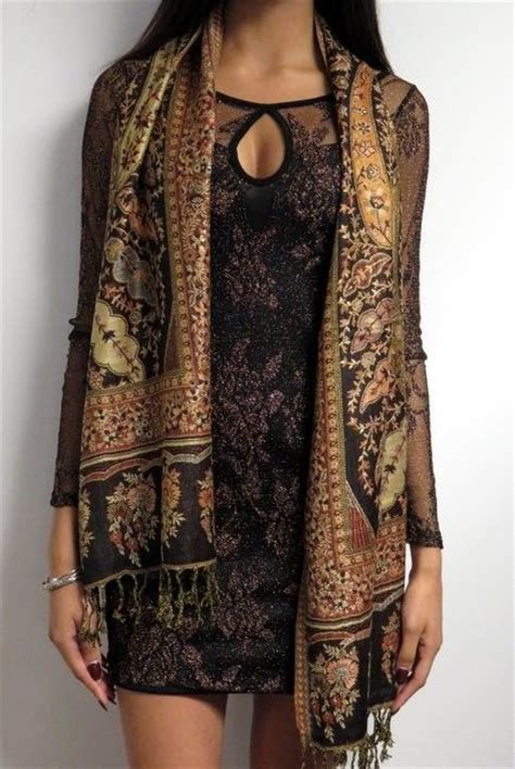 Hm Scarf Scarves Pashmina Besar silk pashmina scarves are reversible its like 2 scarves at one sale price 24 99
