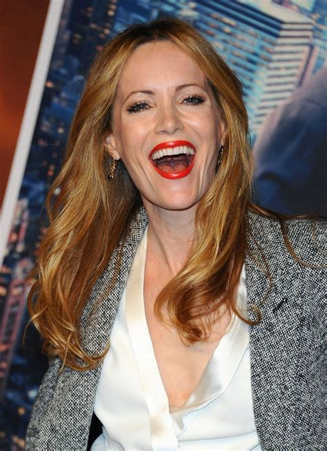 leslie mann laugh leslie mann she s so cute hilarious beautiful