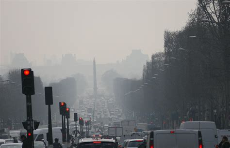 pollution de lair bruxelles critique la france  la menace de sanctions