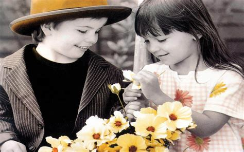 couple editing wallpaper lovely little couple and flowers hd wallpaper 1680 x 1050