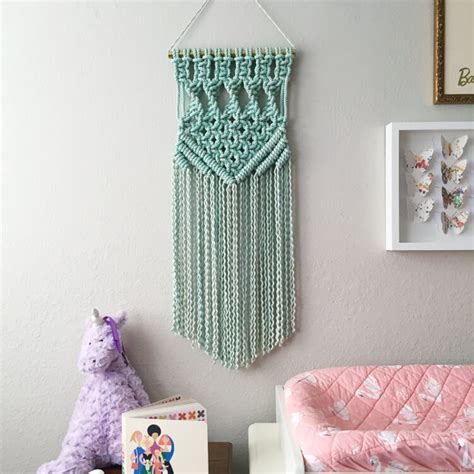 Modern Macrame Patterns - 11 modern macrame patterns happiness is