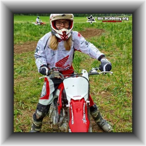 Frauen Enduro Motorrad by Frauen Motorrad