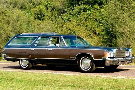 Chrysler Station Wagon by Classic Wagon 1977 Chrysler Town Country