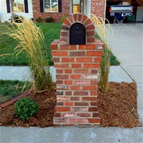how to decorate a square brick mailbox for christmas 18 best images about diy mailbox customization on