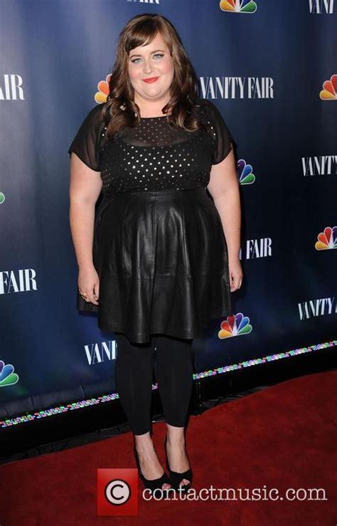 aidy bryant dress size aidy bryant 2018 hair eyes feet legs style weight