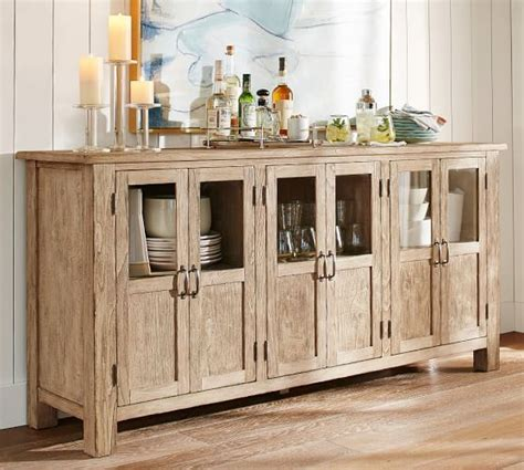 Dining Room Buffet Ls by Best 25 Dining Buffet Ideas On Kitchen Buffet Cabinet Built In Buffet And Built In